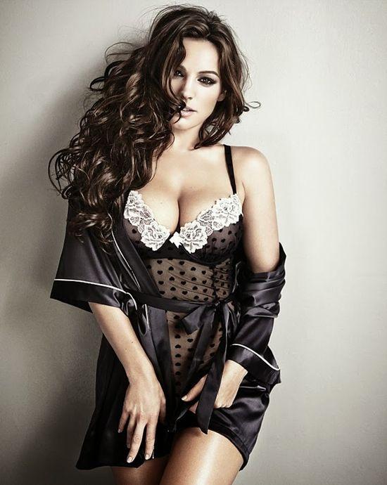 Seksowna Kelly Brook w kampanii bielizny New Look