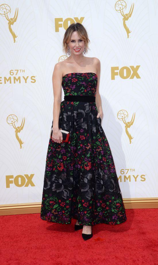 Kreacje gwiazd na czerwonym dywanie rozdania Emmy Awards