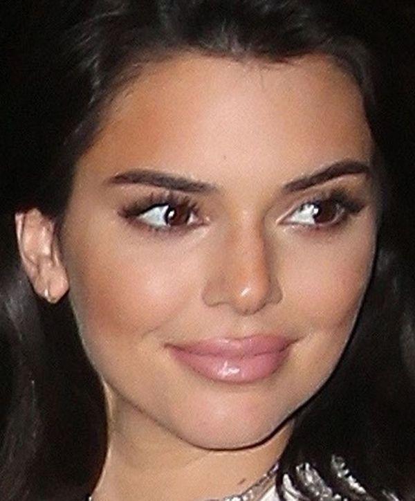 Po tych zdjęciach Kendall Jenner już na pewno nie wyprze się powiększania ust!