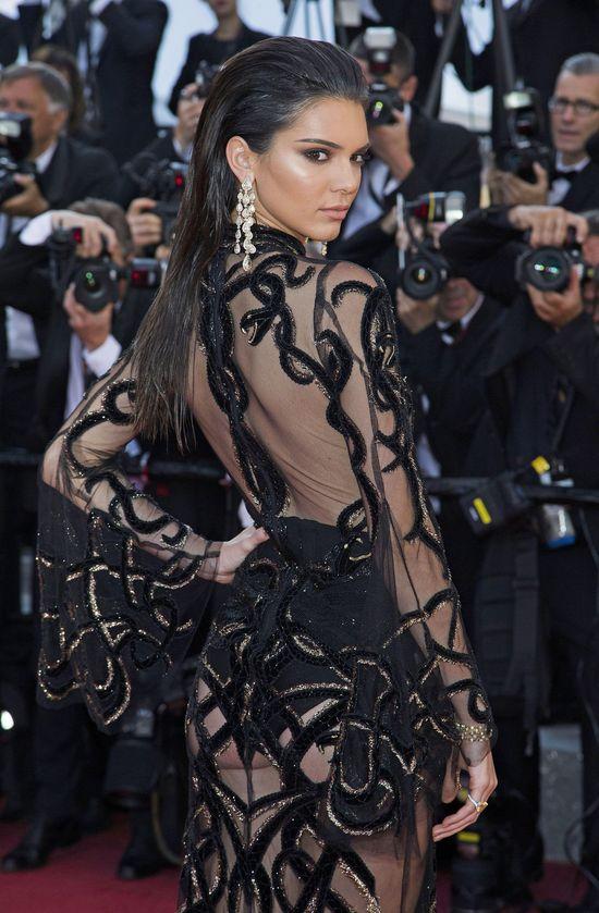 AUĆ! Boli nas od samego patrzenia na nowy tatuaż Kendall Jenner