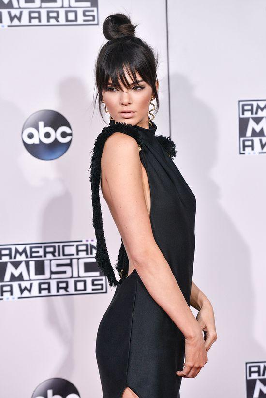 Kendall Jenner tym NAGIM zdjęciem podbija internet (FOTO)