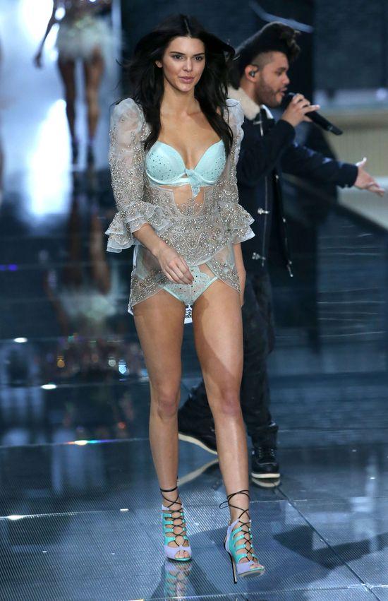 Zobaczcie, jak na pokazie VS 2015 błyszczała Kendall Jenner