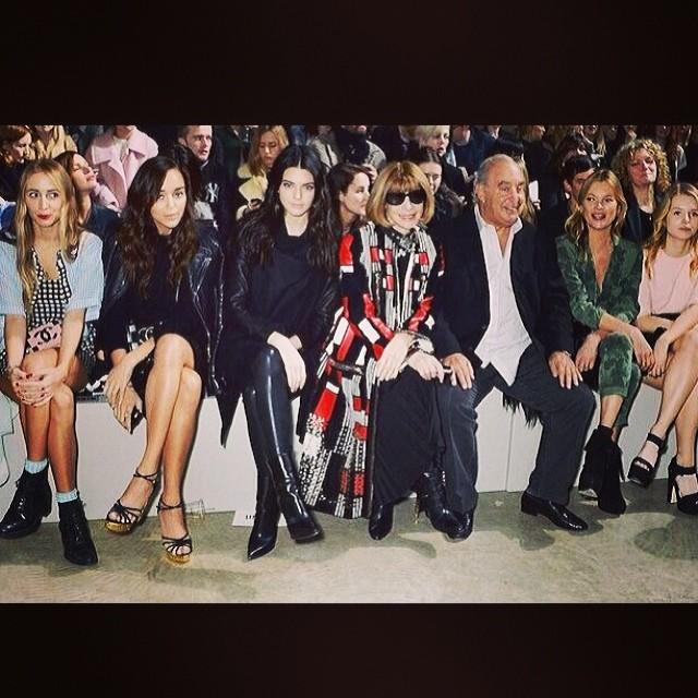 Kendall Jenner z Anną Wintour podczas London Fashion Week