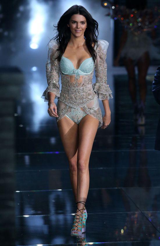 Kendall Jenner głodziła się przed show Victoria's Secret?!