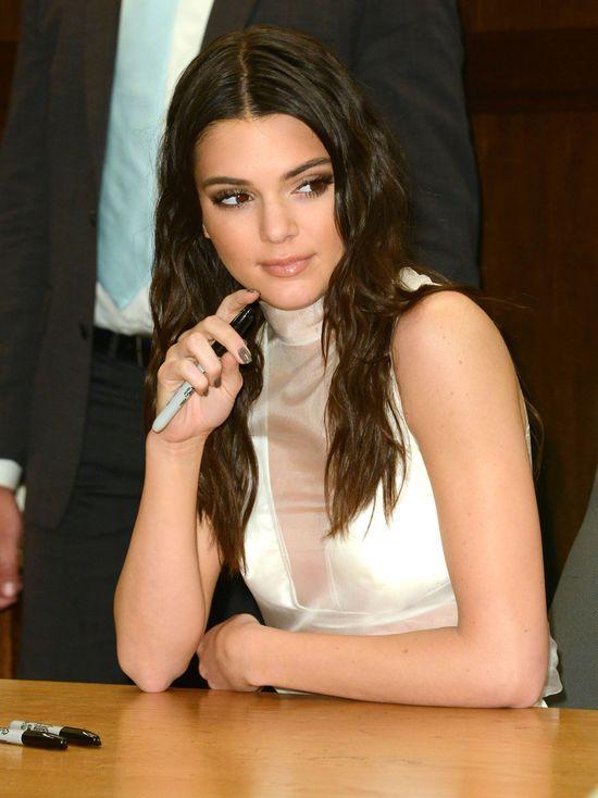 Kendall Jenner potwierdza swój status modelki!