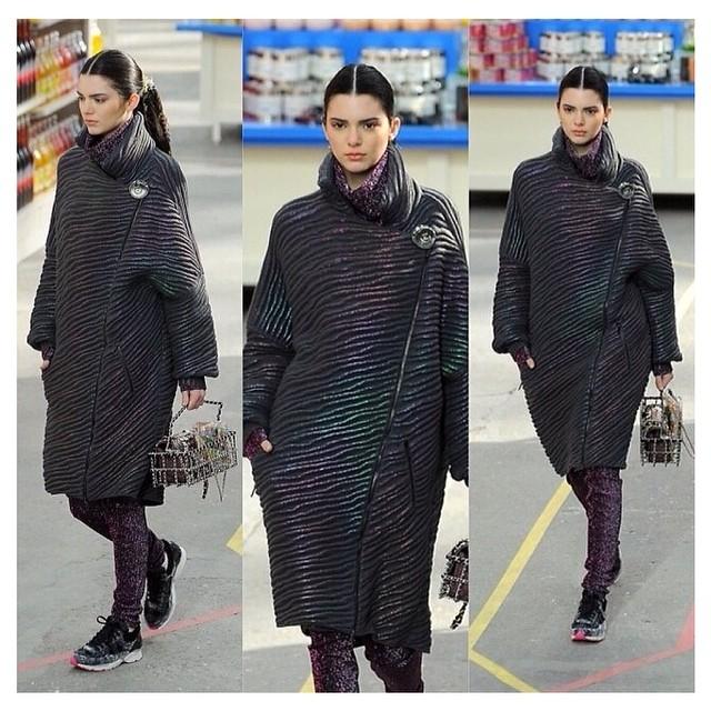 Kendall Jenner modelką na pokazie Chanel (FOTO)