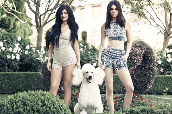 Kylie i Kendall Jenner prezentują letnią kolekcję dla Pacsun