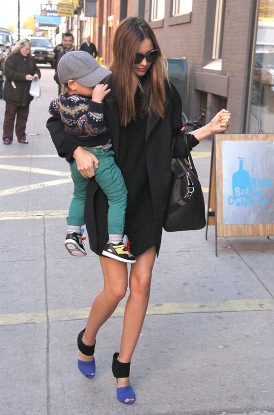 Miranda Kerr - stylowa mama