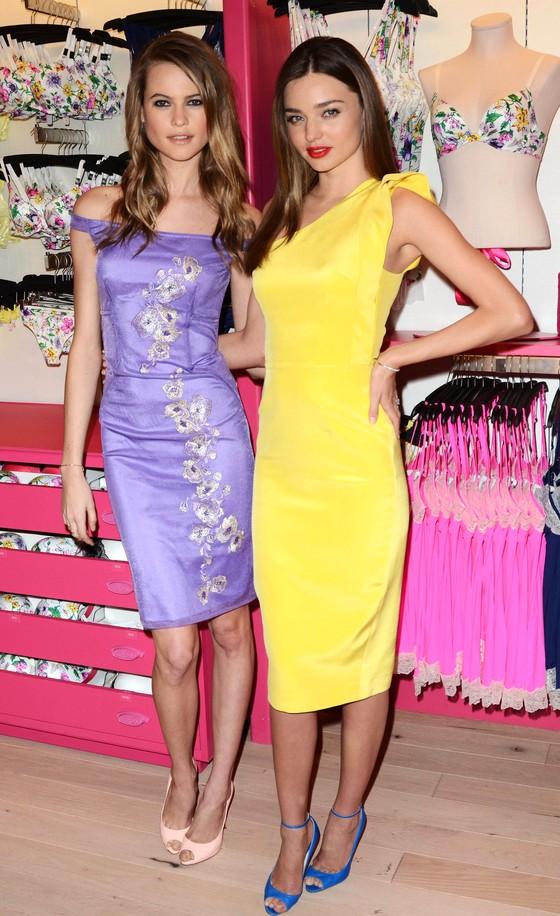 Miranda Kerr w żółtej sukience