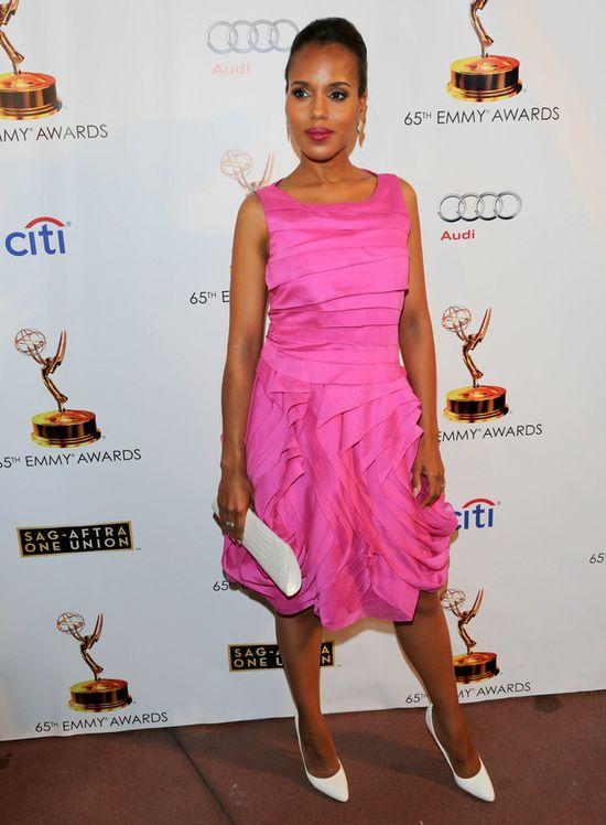 Kerry Washington w różowej sukience