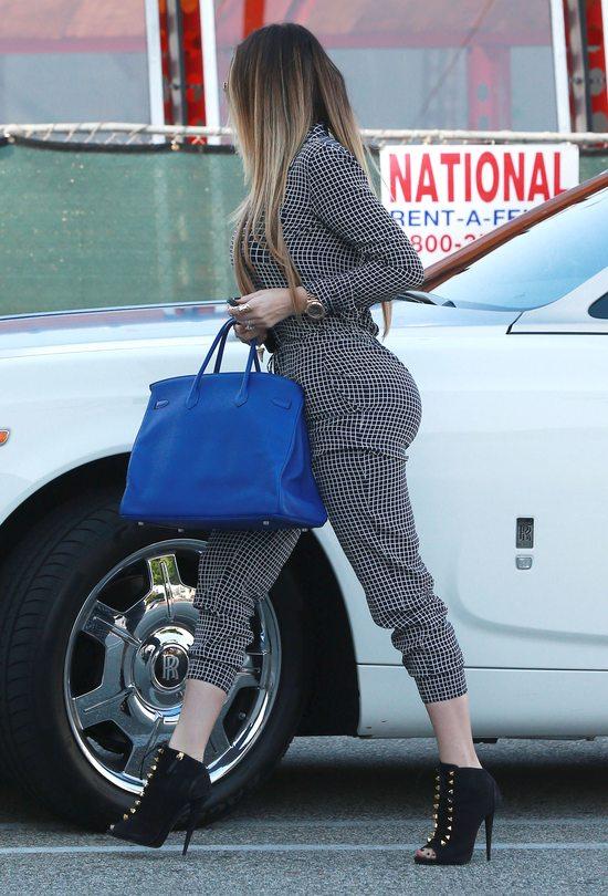 Khloe Kardashian chwali się nową Hermes Birkin