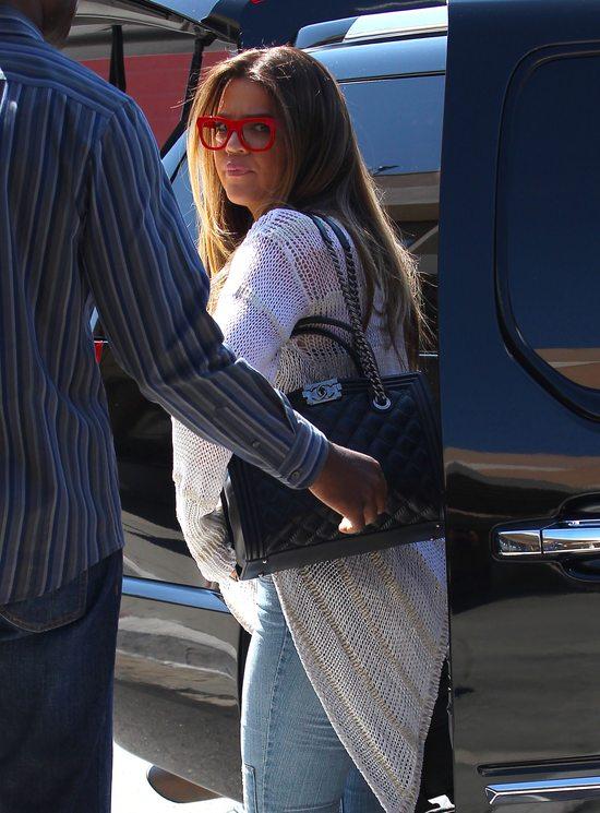 Khloe Kardashian eksperymentuje z oprawkami