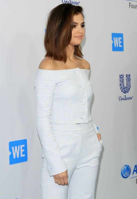 Selena Gomez w najnowszym teledysku pokazała się bez makijażu!