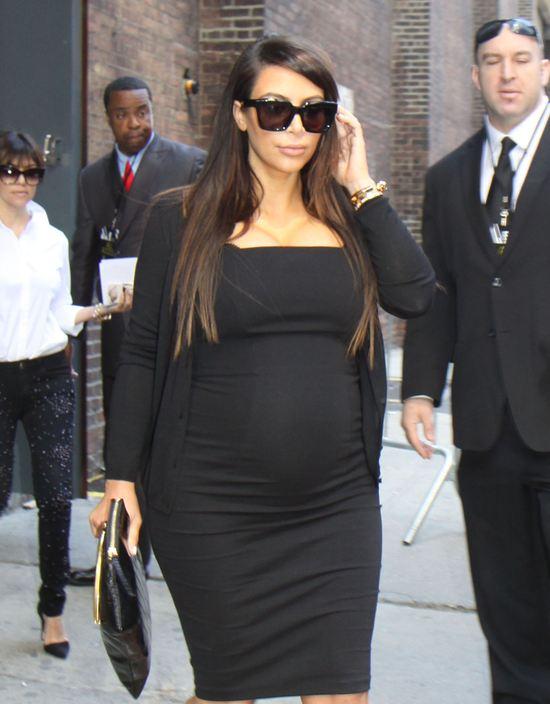 Dwie ciążowe małe czarne Kim Kardashian (FOTO)