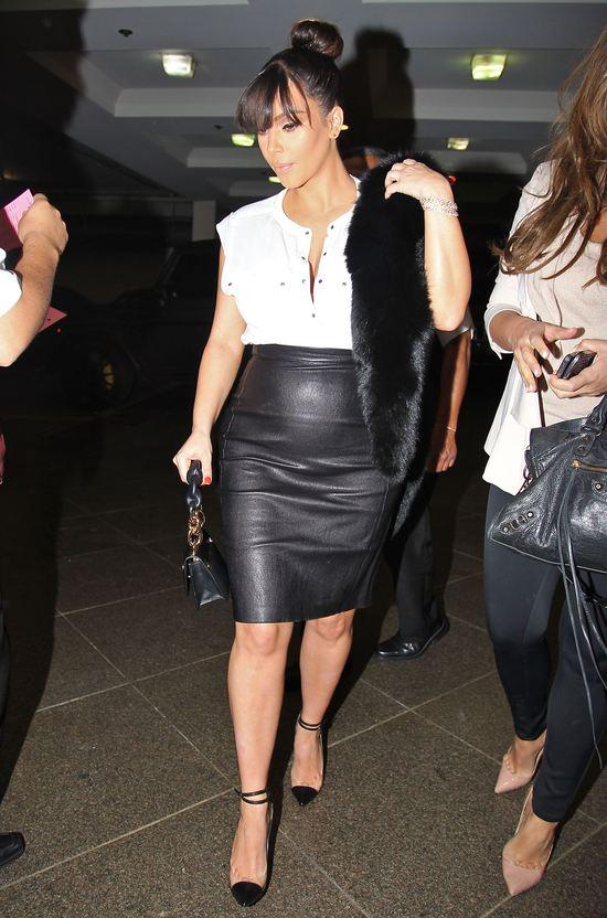 Kim Kardashian w skórzanej mini (FOTO)
