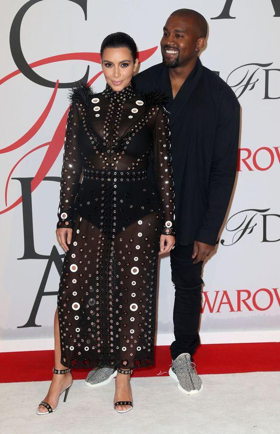 Pierwsza ciążowa wpadka Kim Kardashian na gali CFDA?