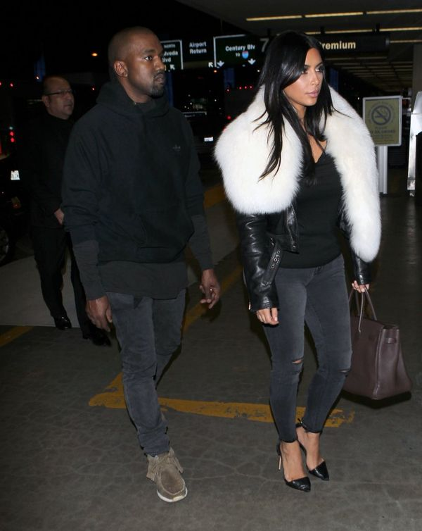 Kim Kardashian chciała być damą, ale... pękły jej plecy!