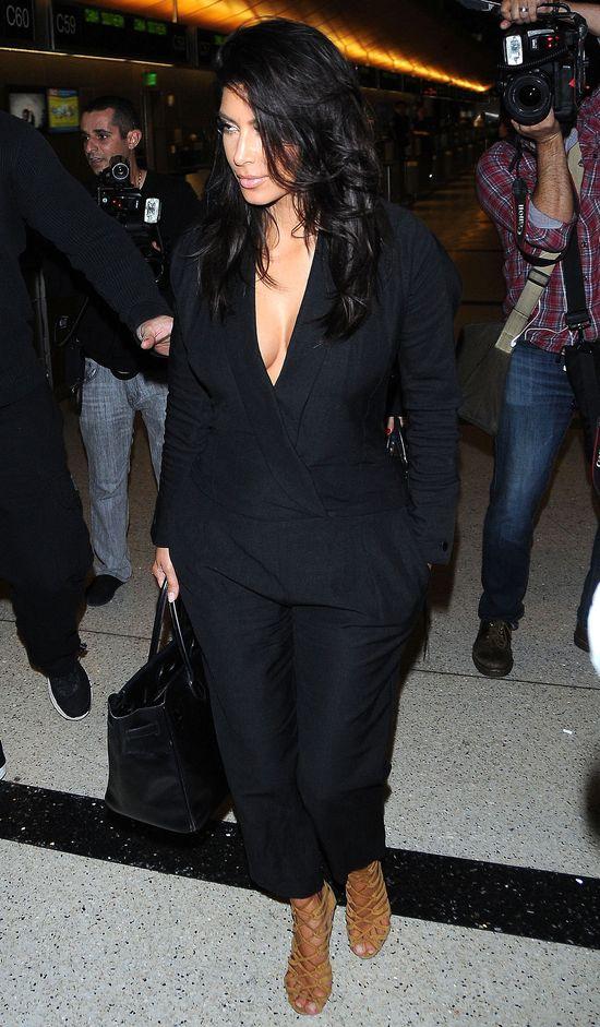 Kim Kardashian próbuje być elegancka po szokującej sesji