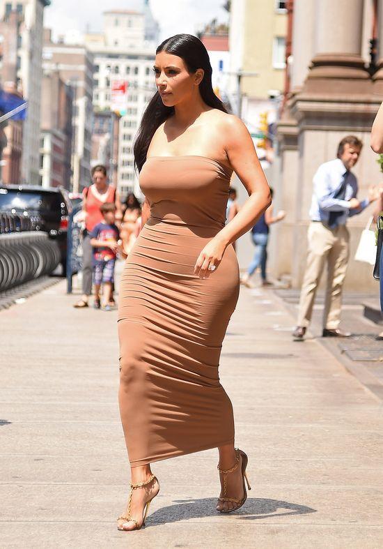 Modna parada klanu Kardashianek w Nowym Jorku (FOTO)