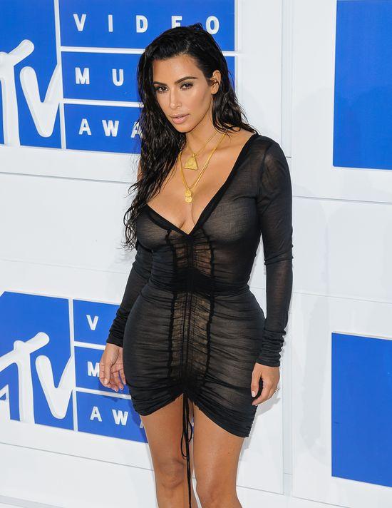 W końcu... Kim Kardashian opowiedziała o szczegółach napadu...