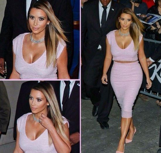 Kim Kardashian przecięła sukienkę Diora na pół! (FOTO)