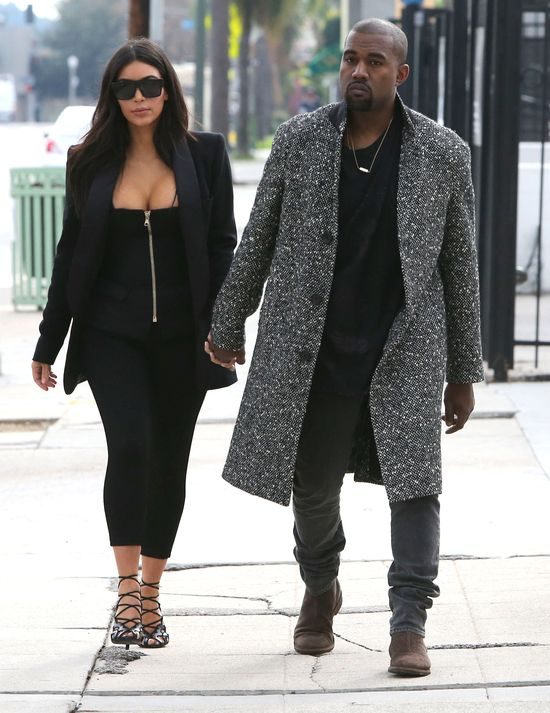 Kolejny nudny zestaw w wydaniu Kim Kardashian? (FOTO)