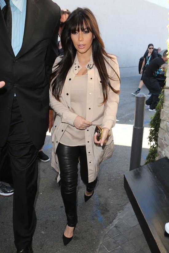 Siostry Kardashian w codziennych stylizacjach