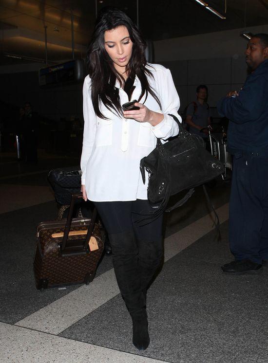 Kolejny ciążowy look Kim Kardashian (FOTO)