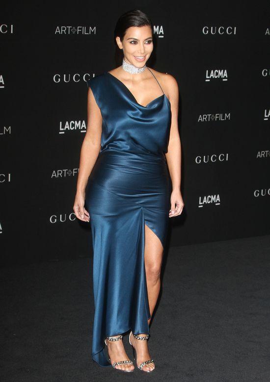 Kim Kardashian starała się być damą... (SONDA)