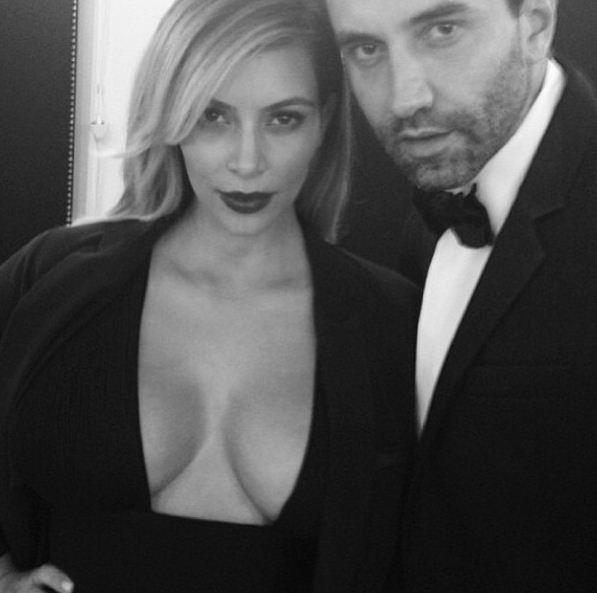 Riccardo Tisci szczerze o ubieraniu Kim Kardashian