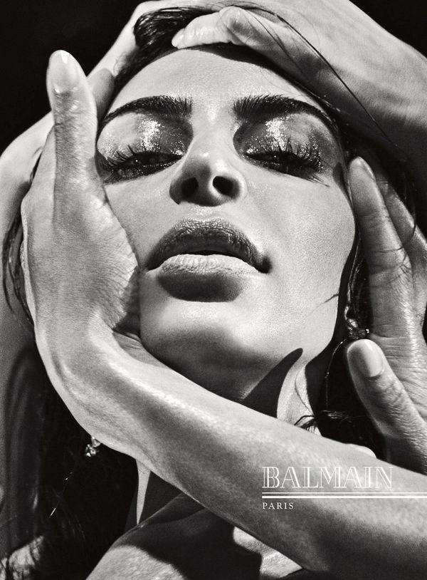 Kim Kardashian w kampanii Balmain - są zdjęcia! (FOTO)