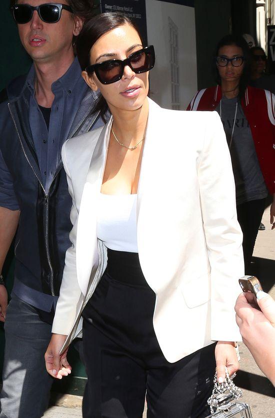 Kim Kardashian także pokochała perfumową torebkę Chanel!
