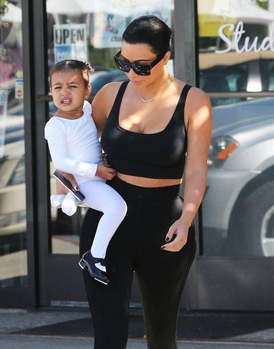 Kim Kardashian ponownie jest już brunetką (FOTO)