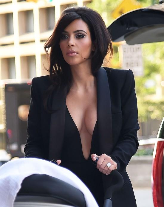 Dlaczego to zdjęcie Kim Kardashian wywołało istną burzę