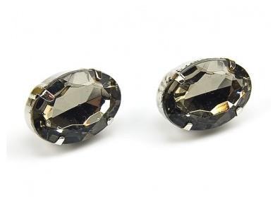 Czarno-biała klasyka biżuterii