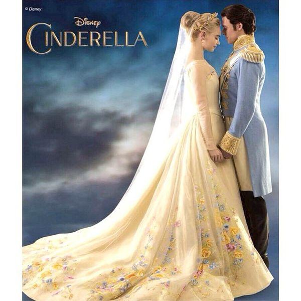 Zobaczcie suknię ślubną Kopciuszka! (FOTO)