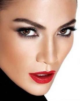 Pokonaj niedoskonałości z podkładem L'Oréal True Match!