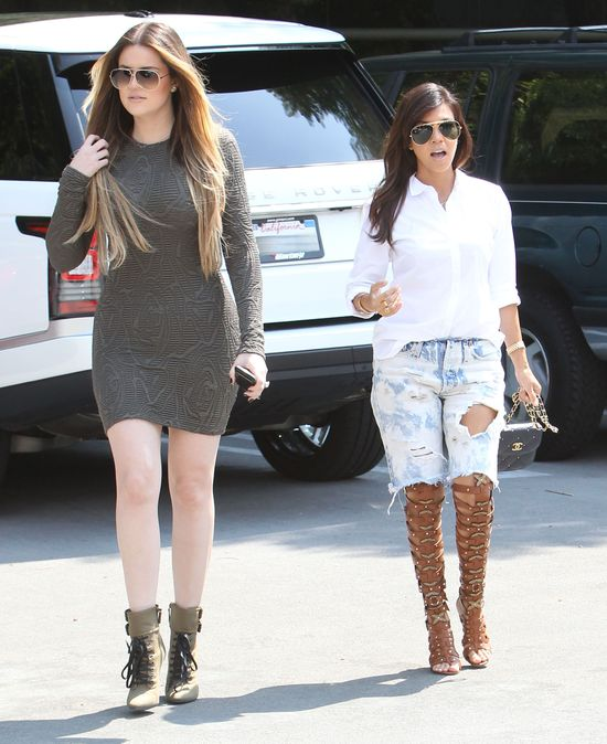 Vanessa Hudgens vs. Kourtney Kardashian (FOTO)