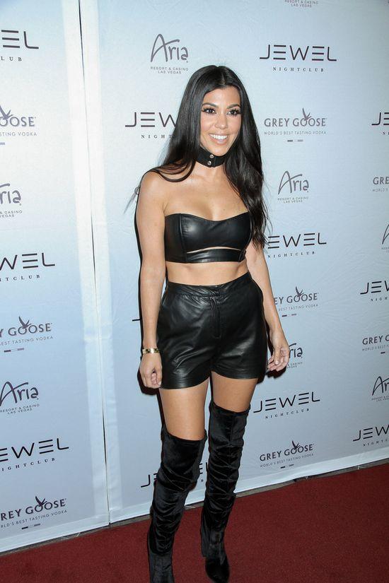 Kourtney Kardashian chciała być bardzo sexy (FOTO)