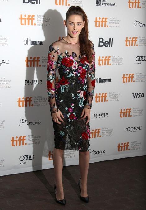 Kristen Stewart w sukience Zuhair Murad (FOTO)