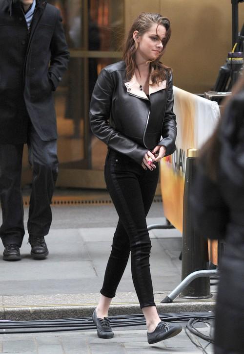 Nikki Reed vs. Kristen Stewart (FOTO)