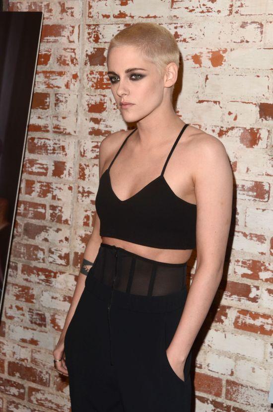 Kristen Stewart poszłą jeszcze krok dalej... Teraz jest ŁYSA (FOTO)