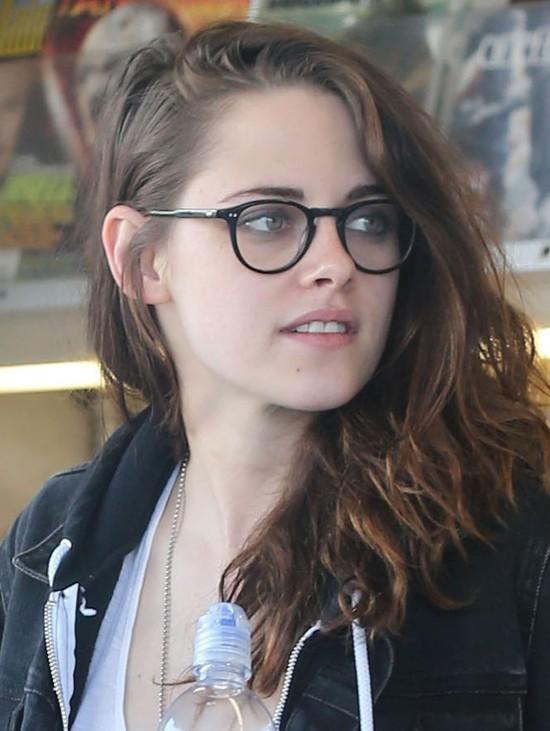 Kristen Stewart nigdy nie zmywa makijażu oczu!