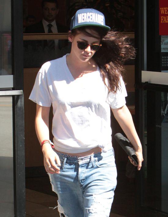 Kristen Stewart w boyfriendach (FOTO)