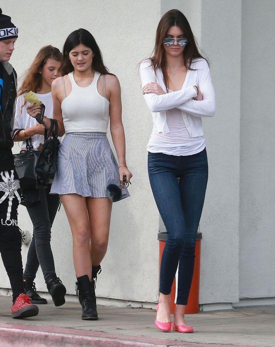 Kylie Jenner vs. Kendall Jenner