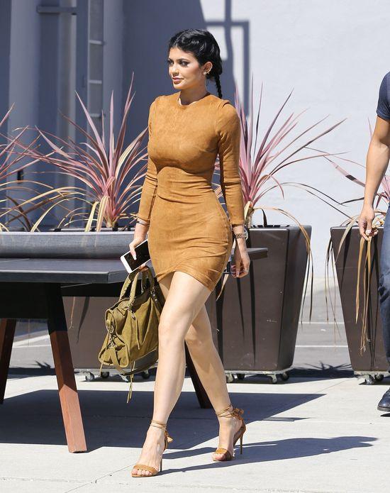 Kylie Jenner przyznała, co zrobiła z pupą (FOTO)