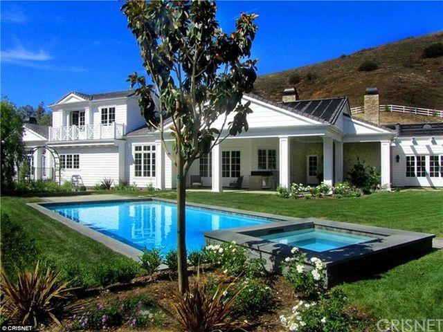 Kylie Jenner kupiła nowy dom za 6 milionów dolarów (FOTO)