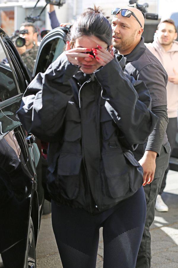 Wiemy, jak naprawdę wygląda Kylie Jenner po urodzeniu dziecka! (FOTO)