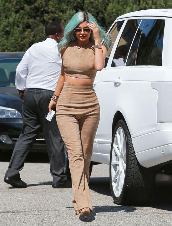 Na jakiej diecie jest Kylie Jenner? (FOTO)