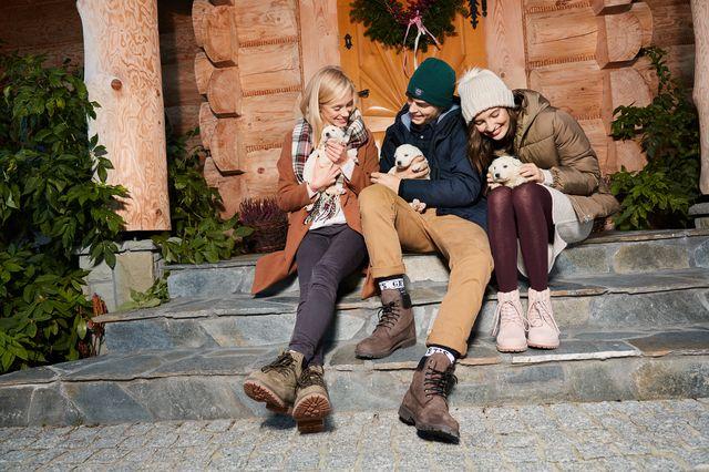 LET IT SNOW, LET IT GLOW - świąteczny lookbook od marki House (FOTO)